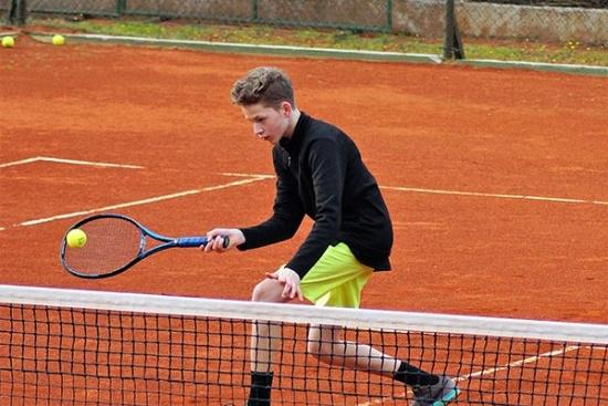 <b>lk-tenniscamp-familie-bol-kids4.jpg