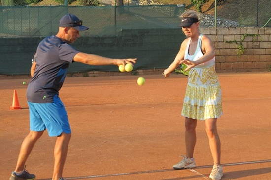 <b>Individuelles Tennistraining