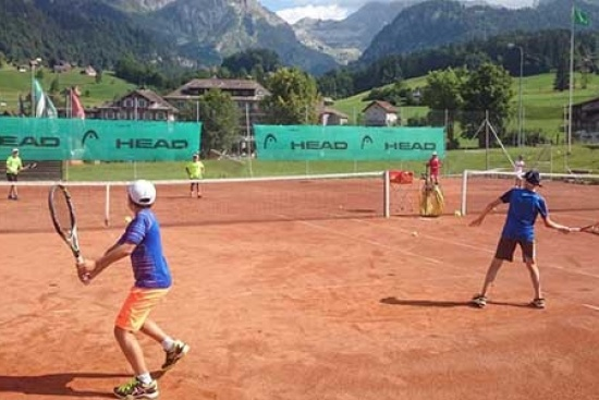 <b>Tenniscamps-ETA-Juniors.jpg