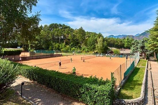 <b>Tenniscamps-Gardasee-Go-Tennisurlaub-TennisTraveller-Training.jpg
