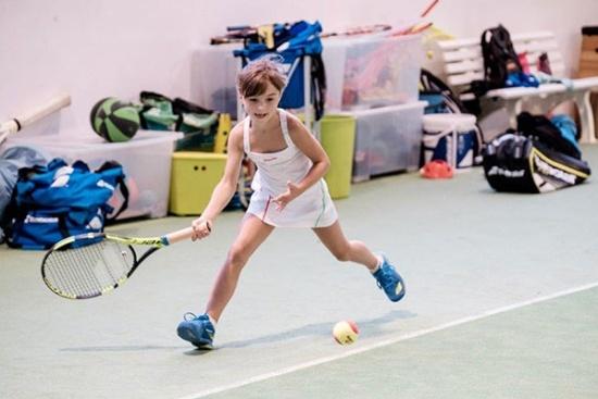 <b>Tenniskids