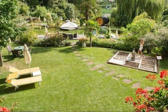 <b>Relaxgarten