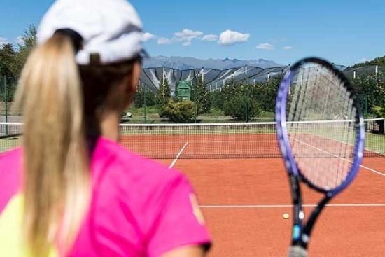 <b>1 Quarzsand-Tennisplatz