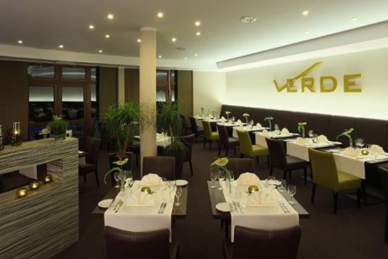 <b>Restaurant Verde