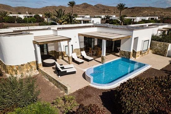<b>Ansicht Villa