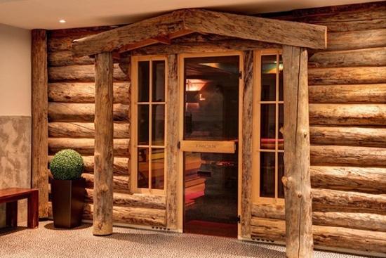 <b>Sauna