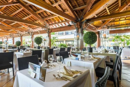 <b>Restaurant und Bar