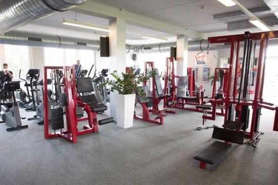 <b>Fitnessstudio