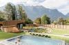 <b>Val Blu Resort mit Bergpanorama