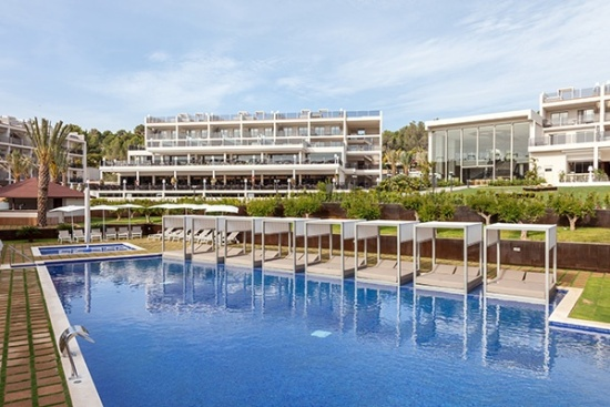 <b>Das Hotel...
