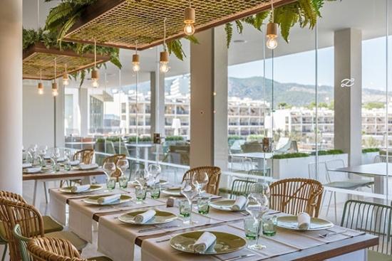 <b>Themenrestaurant mit exquisiter Kueche