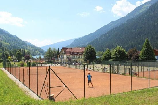<b>Tennis pur