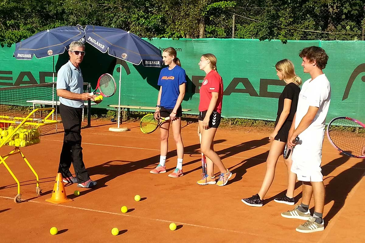 <b>Training mit Nic Marschand