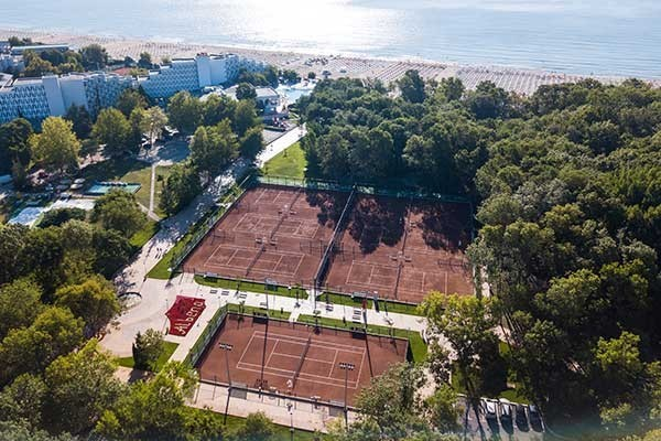 TennisTraveller-Tennishotel-FlamingoGrand-Albena-Tennis