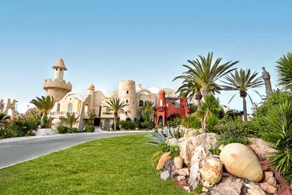 TennisTraveller-Tennishotel-ROBINSON-Club-Djerba-Bahiya-Eingang