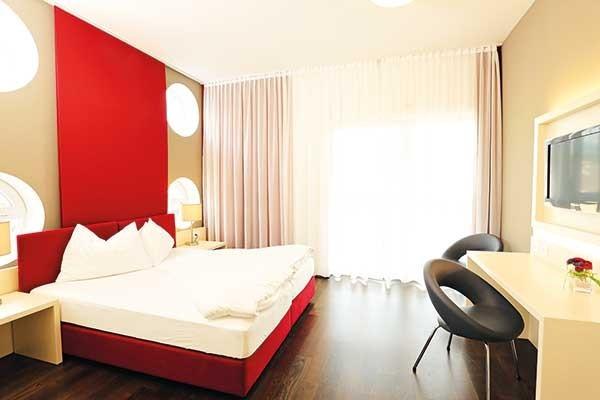 Tennishotel-Hotel-RoyalX-Kaernten-Zimmer-TennisTraveller