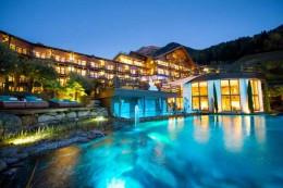 Tennishotel-Andreus-Resort-Italien-TennisTraveller-Abend