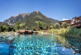 Tennishotel-Andreus-Resort-Italien-TennisTraveller-Natursee