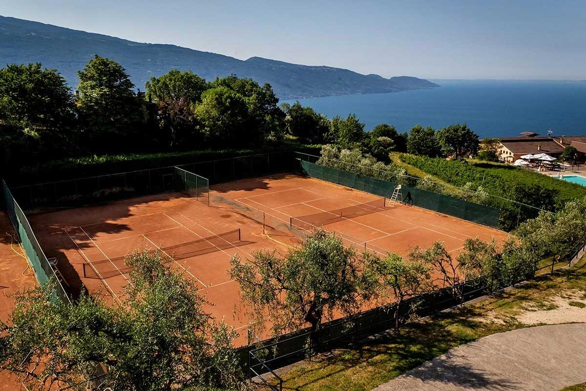 Tenniscamps am Gardasee im Park Hotel Zanzanù