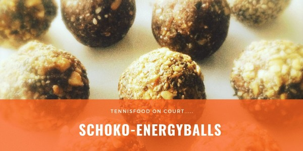 On Court-Rezept: Schoko-Energyballs