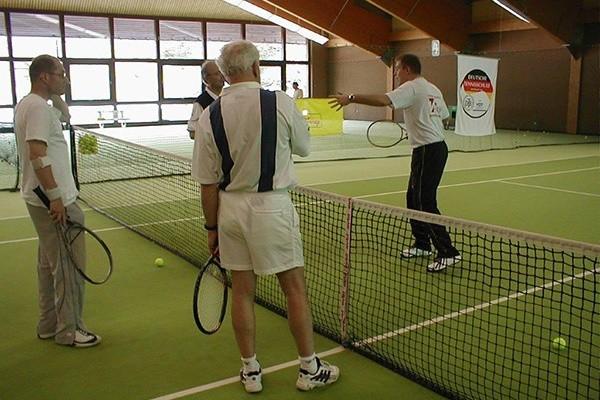Professionelles Tennistraining im Südschwarzwald