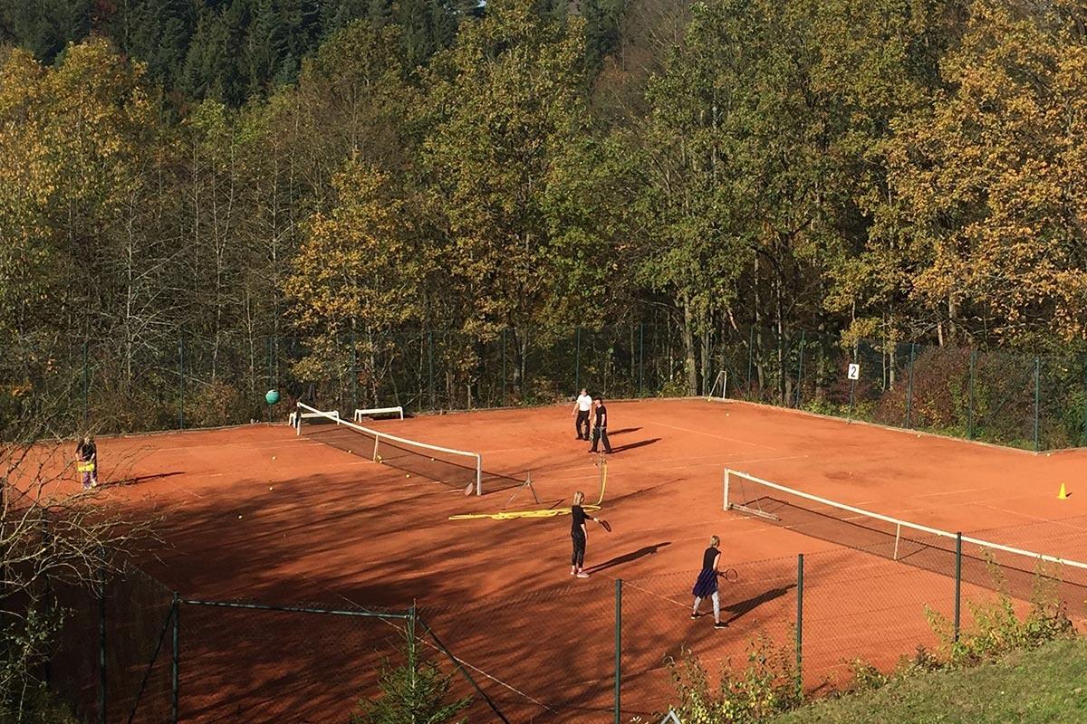 """Tennis-Package """"Zeit zum Aufschlag"""""""