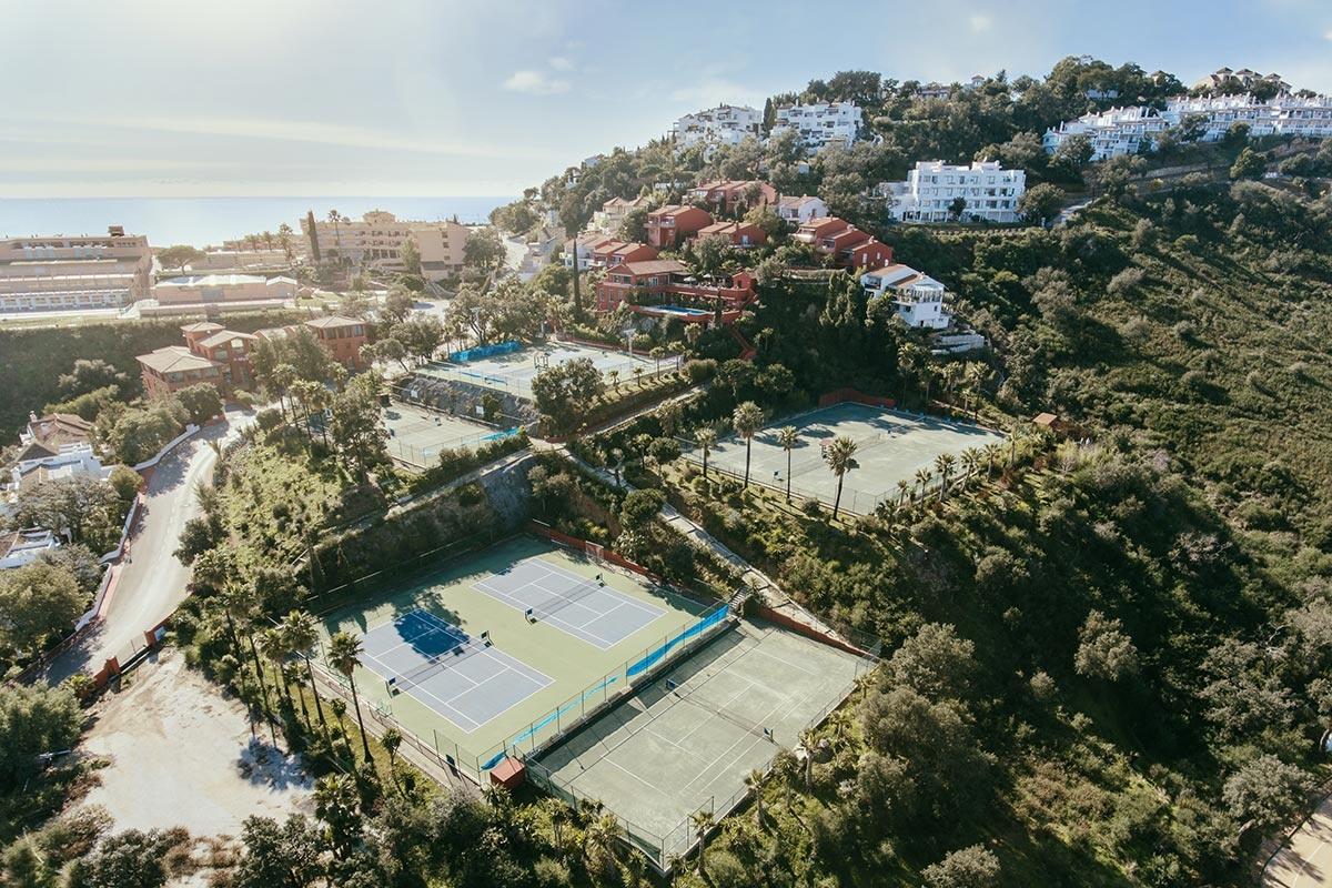 Hofsaess Tennis Academy