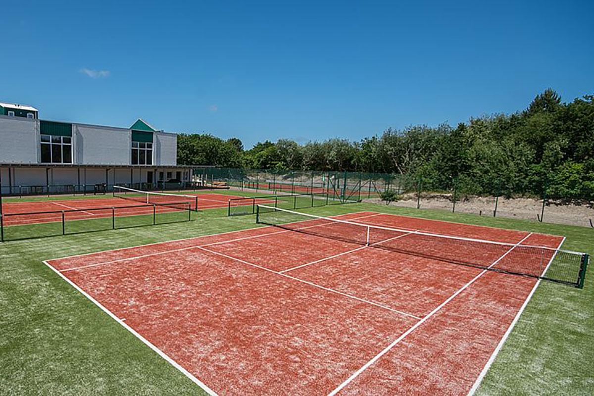 Tenniscamps auf Spiekeroog mit Tennissport Achterndeck